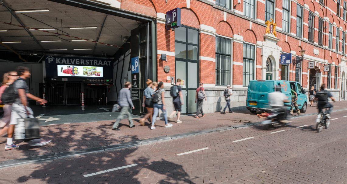 Amsterdam Kalverpassage Parkeergarage campagne Lidl