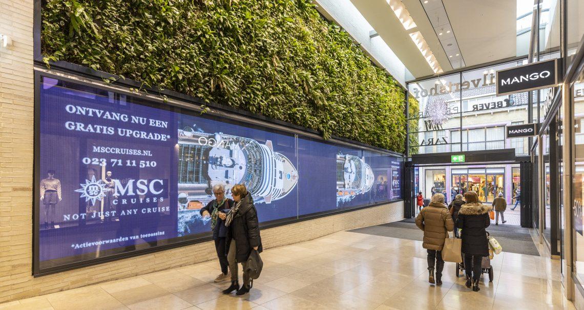 Digitaal scherm Hilversum Hilvertshof Kerkstraat binnen campagne MSC Cruises