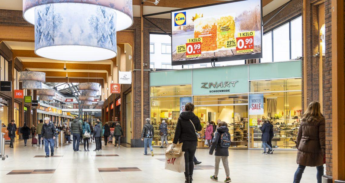 Digitaal scherm Hoofddorp Winkelcentrum Polderplein campagne Lidl