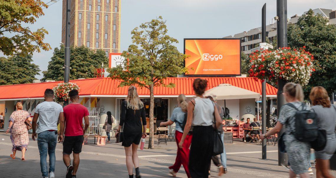 DOOH op digitaal scherm Eindhoven Stationsplein
