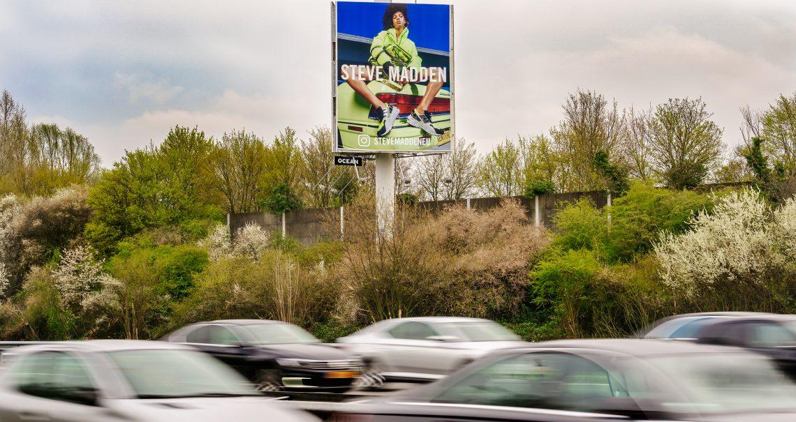Campagne Steve Madden mast Utrecht Knp Ouderijn