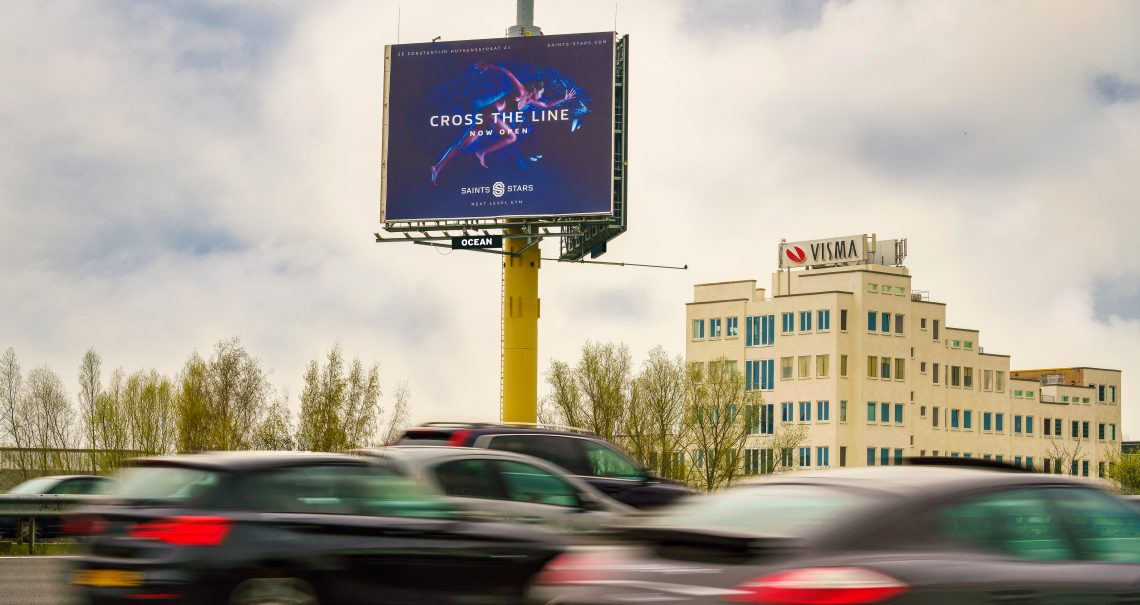 Mast Amsterdam Knp Amstel 1 A2/A10 campagne Saints & Stars