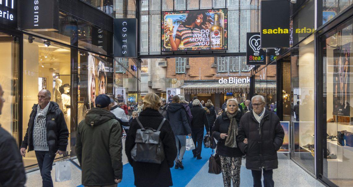 Digitaal scherm Den Haag de Passage Binnen