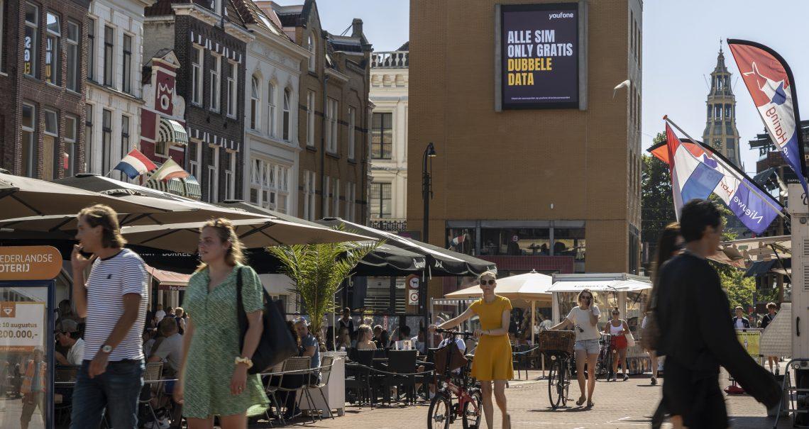 Scherm Groningen Grote Markt Campagne Youfone