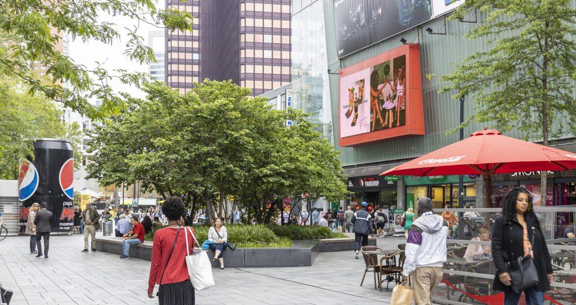 Digitaal scherm Rotterdam Binnenwegplein Ocean Nederland