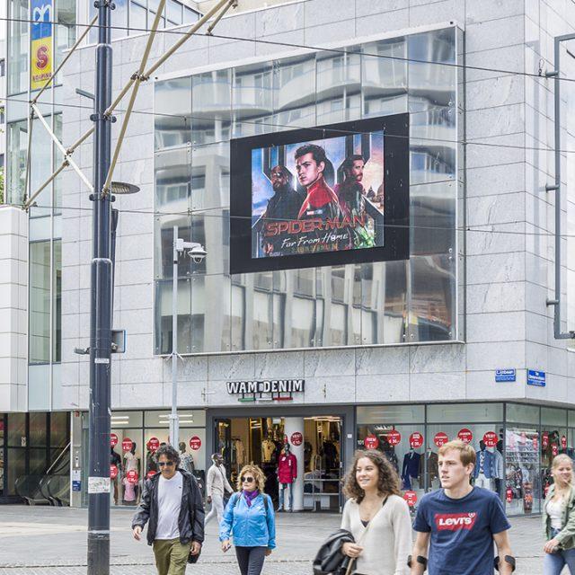 Digitaal scherm Rotterdam Lijnbaan