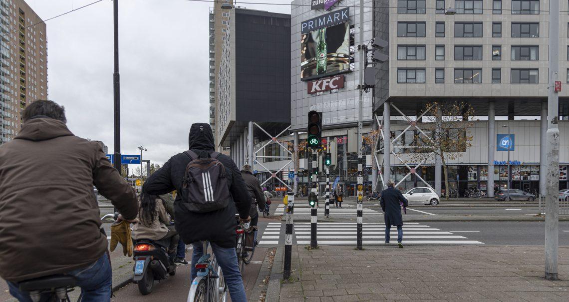 Digitaal scherm Rotterdam Zuidplein campagne Heineken