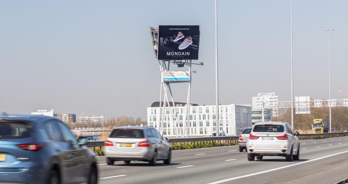 Mondain op digitaal scherm Delft TU A13