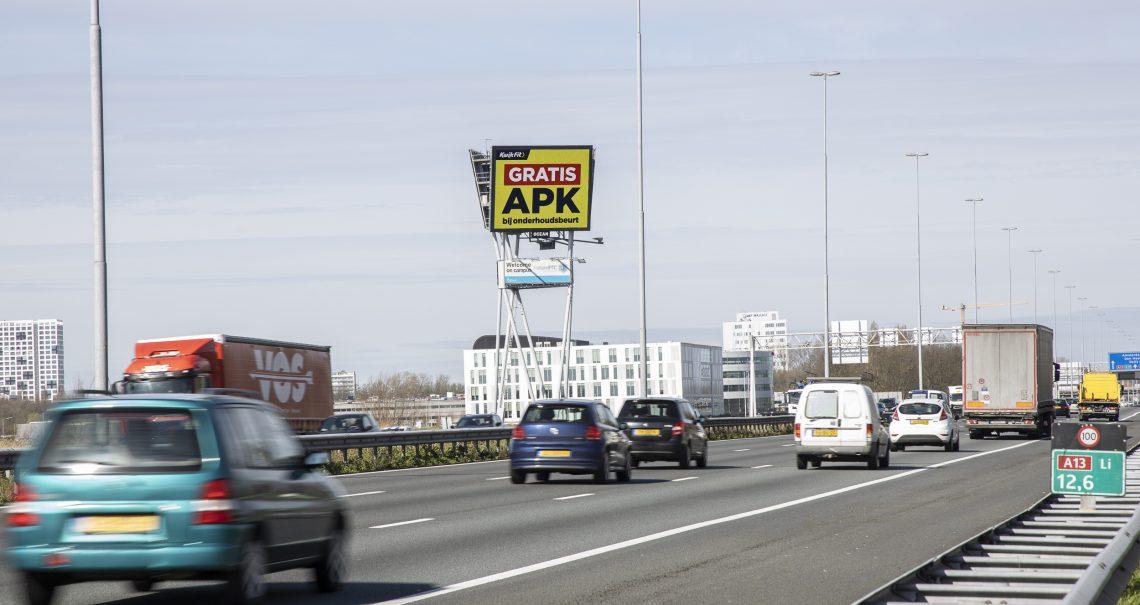 DOOH campagne Kwikfit op Delft TU A13