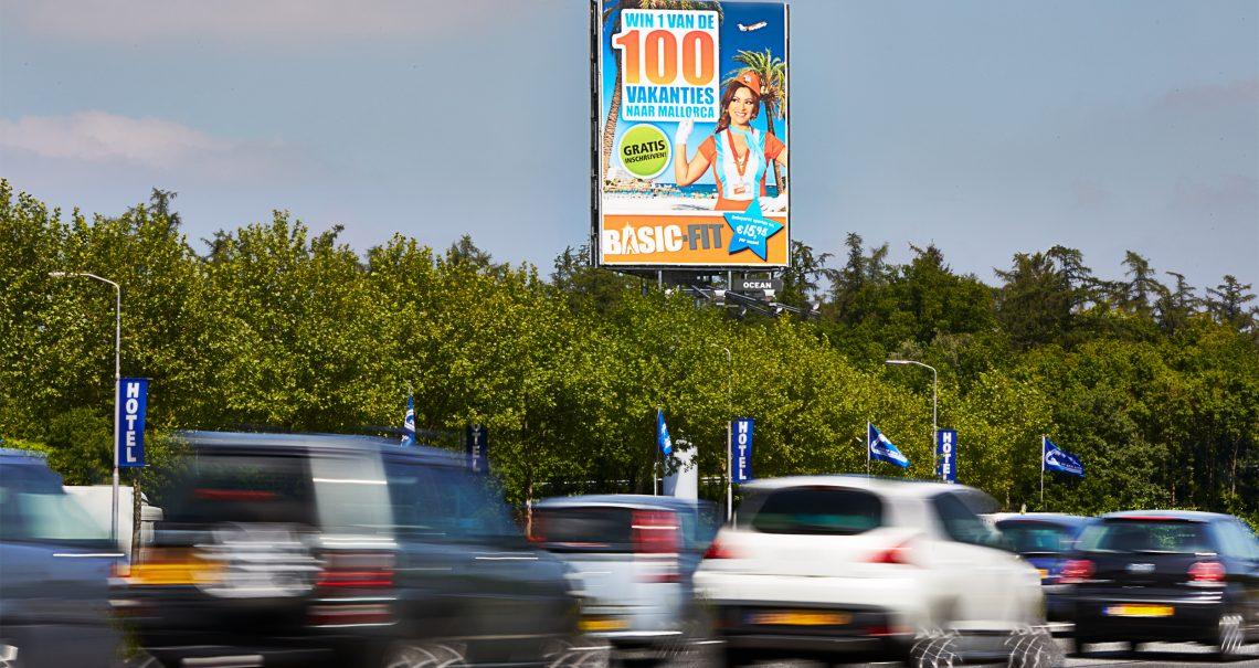 A zijde mast Hengelo Vliegveld Twente