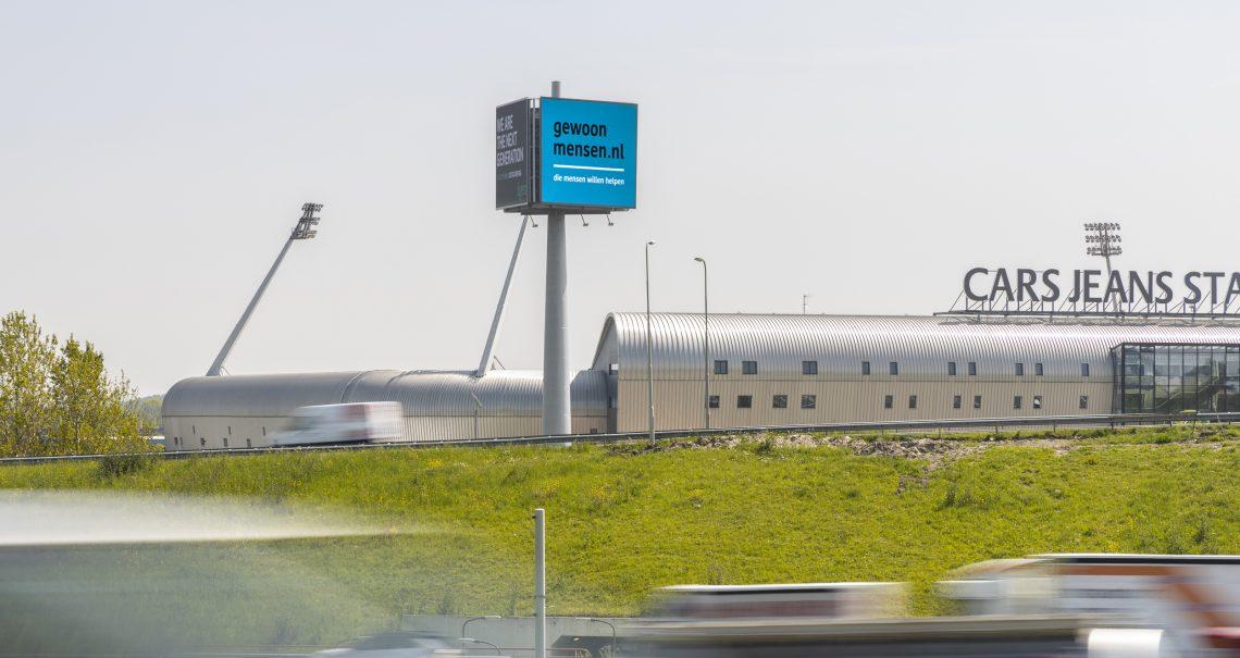 Campagne Gewoonmensen op mast Den Haag Knp Prins Clausplein 1 A4/A12