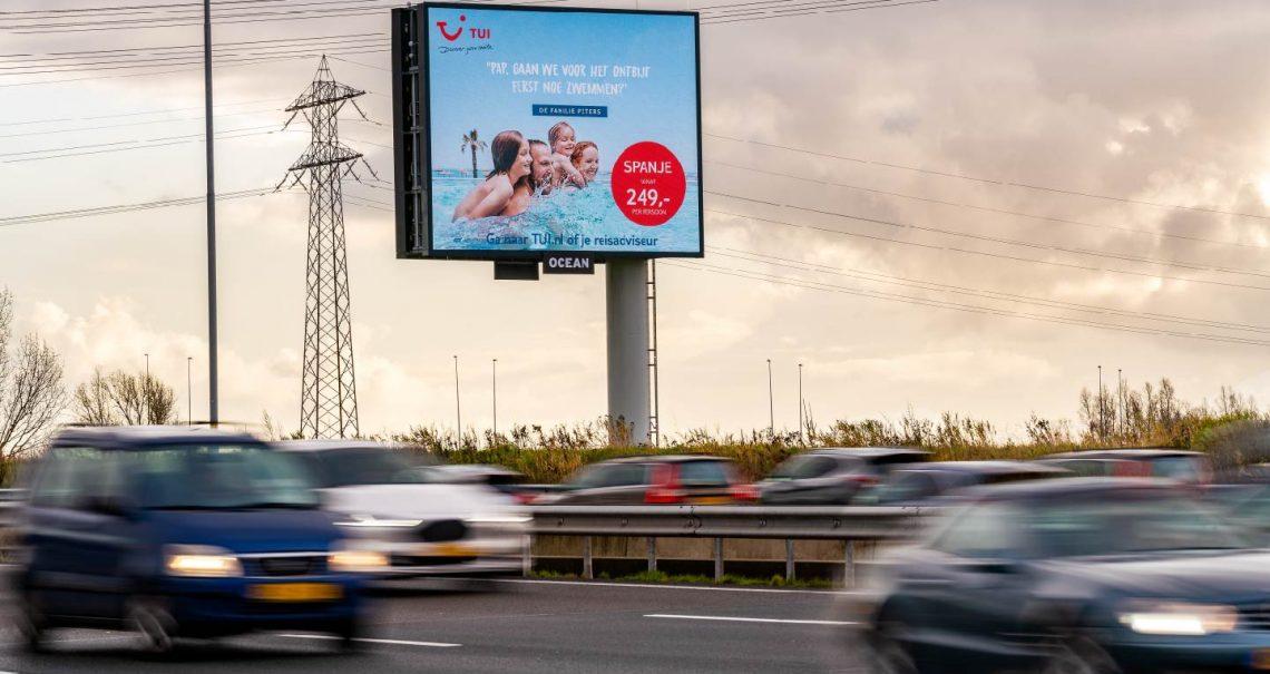 Campagne TUI - Reclamemast Ocean Outdoor Nederland