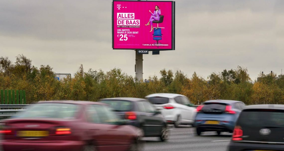 Campagne T-Mobile Reclamemast Ocean Outdoor Nederland