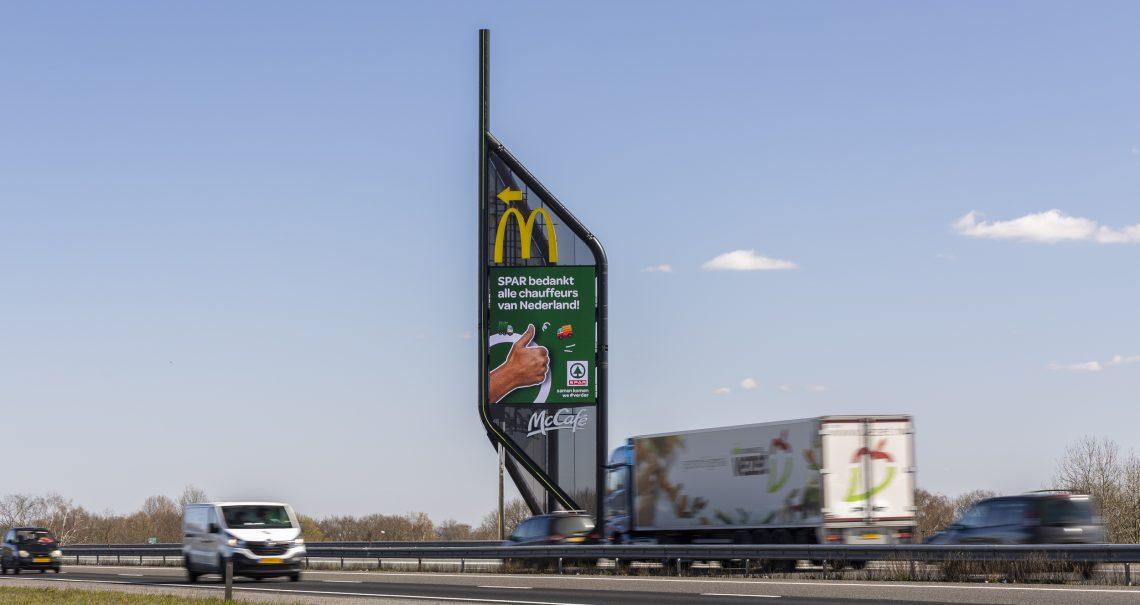 Digitale mast Apeldoorn Knp Beekbergen campagne Spar