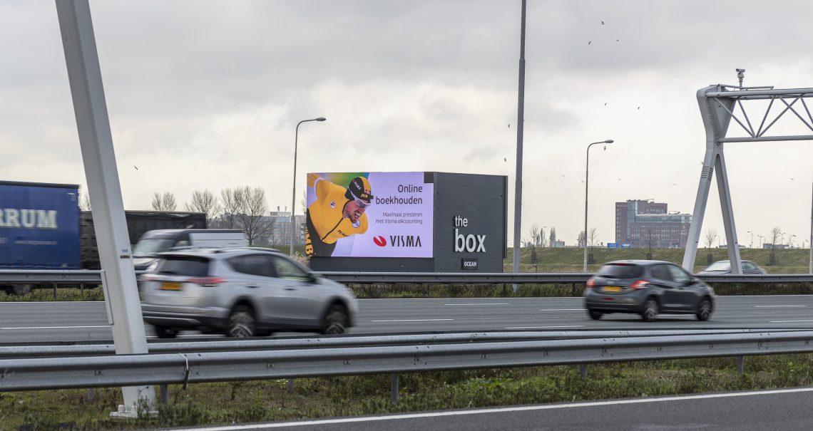 Digitale reclamemast Schiphol Hoofddorp A4