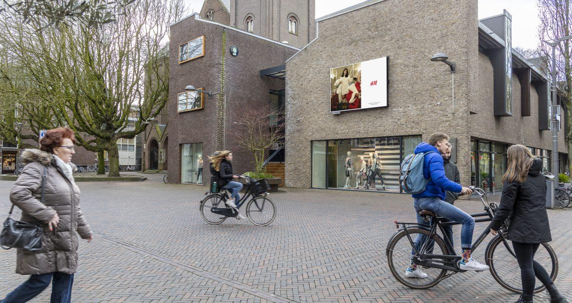 Digitaal scherm Alphen aan den Rijn City Centre Campagne H&M